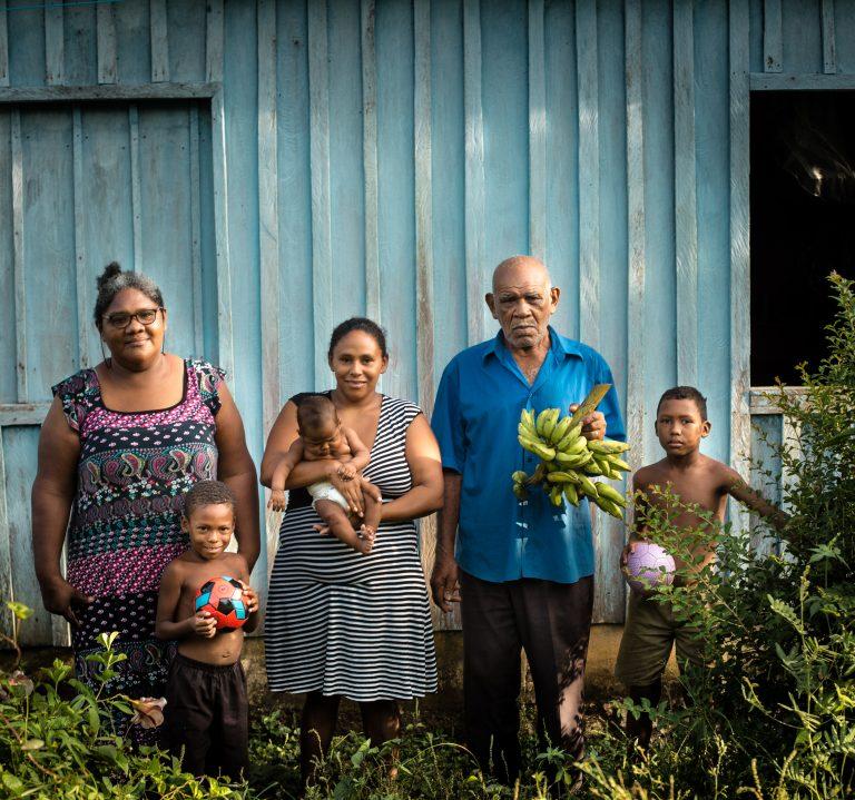 Quilombo Ariramba, Seu Joaquim e família